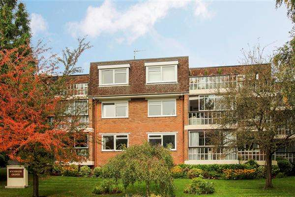2 Bedrooms Flat for sale in Braidley Road, Bournemouth