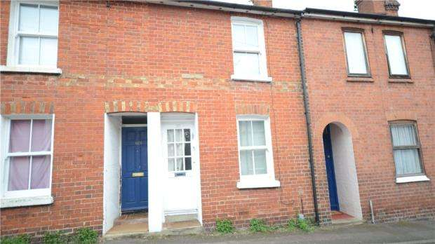 2 Bedrooms Terraced House for sale in Lower Field Road, Reading, Berkshire