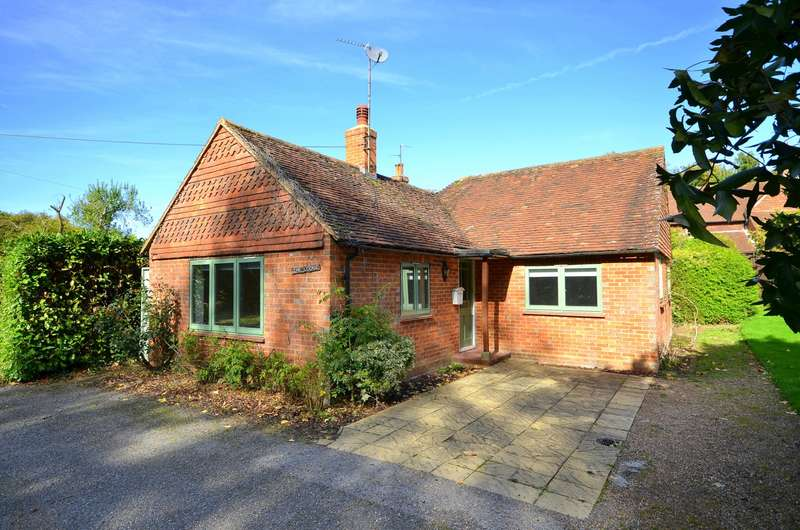 2 Bedrooms Detached House for sale in Alfold
