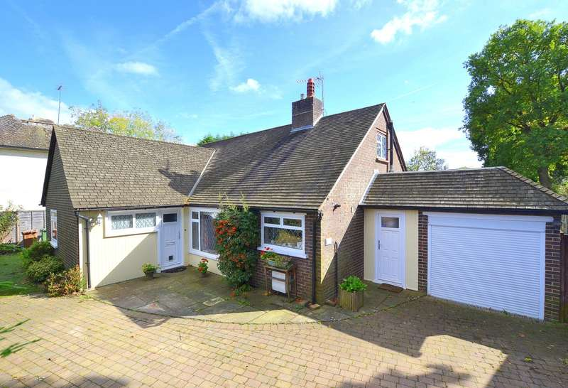 3 Bedrooms Detached Bungalow for sale in West Horsley