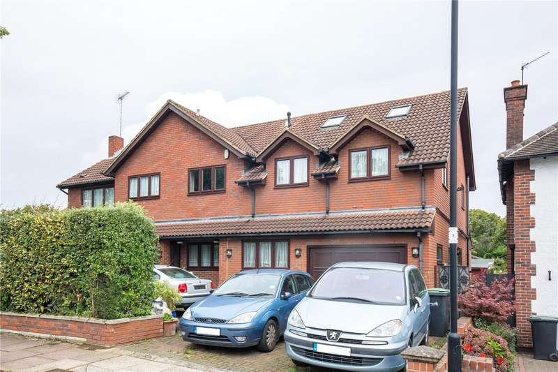 4 Bedrooms Detached House for sale in Brackendale, Winchmore Hill, London, N21