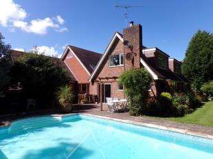 5 Bedrooms Detached House for sale in Ivy Lane, Ashington, Pulborough, West Sussex