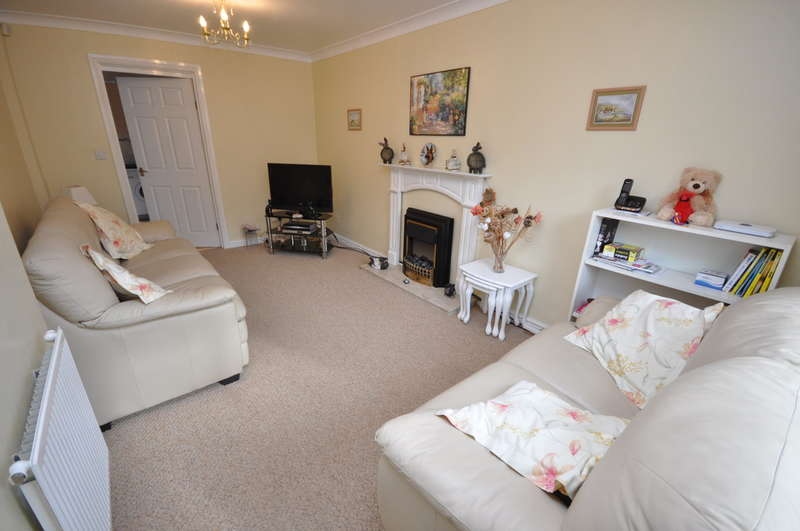 3 Bedrooms Terraced House for sale in Lightbown Street, Darwen
