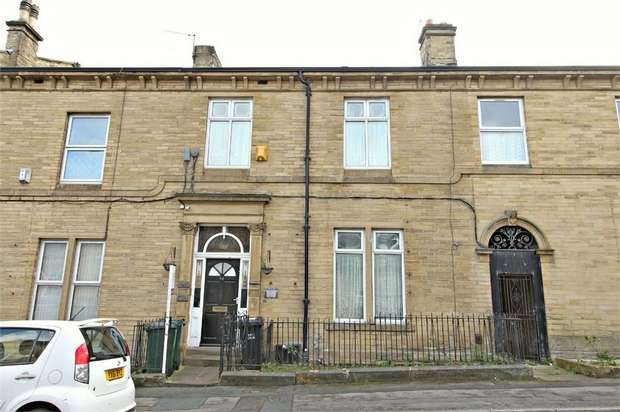 7 Bedrooms Terraced House for sale in 24 Hallfield Road, Bradford, West Yorkshire