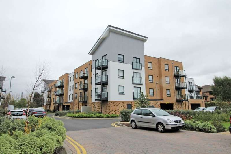 2 Bedrooms Flat for sale in Creek Mill Way, Dartford, DA1