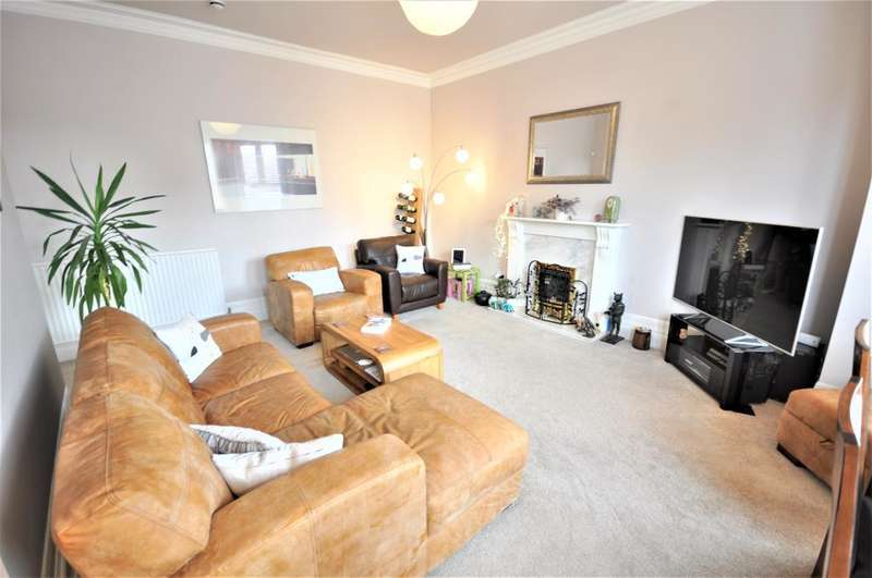 3 Bedrooms Flat for sale in Orchard Road, St Annes, Lytham St Annes, Lancashire, FY8 1PJ