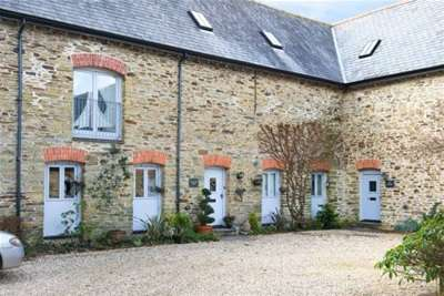 5 Bedrooms Barn Conversion Character Property for rent in Loddiswell
