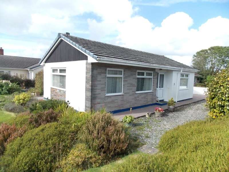 2 Bedrooms Detached Bungalow for sale in Caradon View, St Cleer
