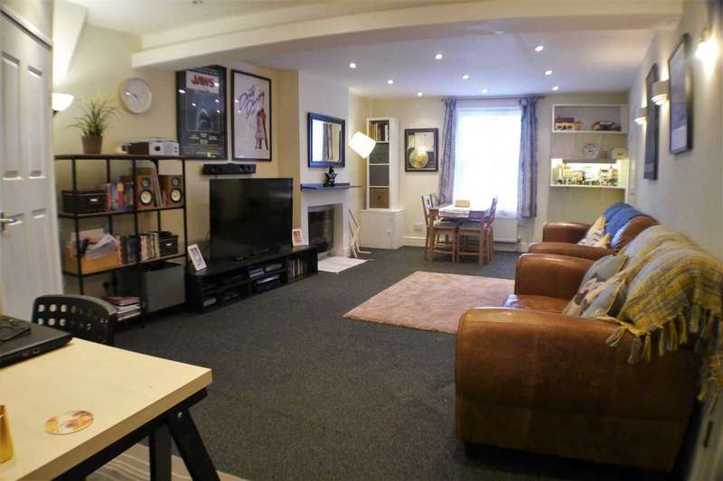 2 Bedrooms Apartment Flat for sale in South Street, Tarring