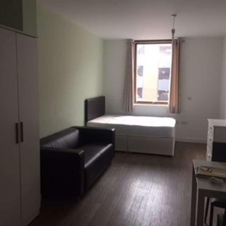 Studio Flat for rent in 2 Moorfields, Liverpool,