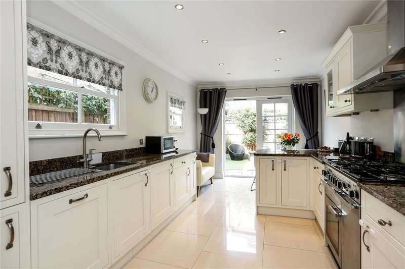 3 Bedrooms Terraced House for sale in Aslett Street, Wandsworth, London, SW18