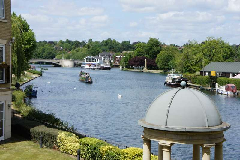2 Bedrooms Apartment Flat for sale in Regents Riverside