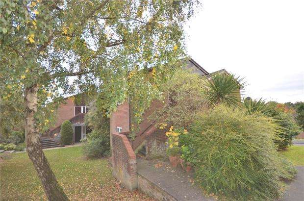 1 Bedroom Maisonette Flat for sale in Greenham Wood, Bracknell, Berkshire