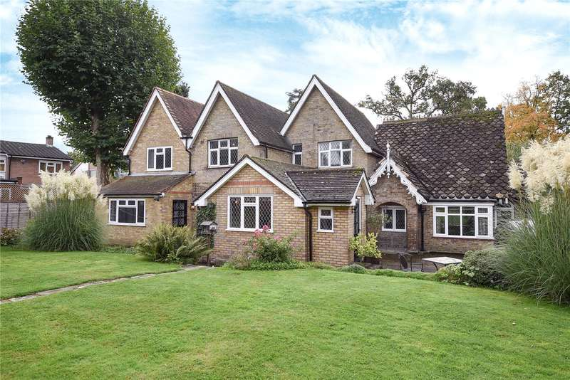 5 Bedrooms Detached House for sale in Uxbridge Road, Stanmore, Middlesex, HA7