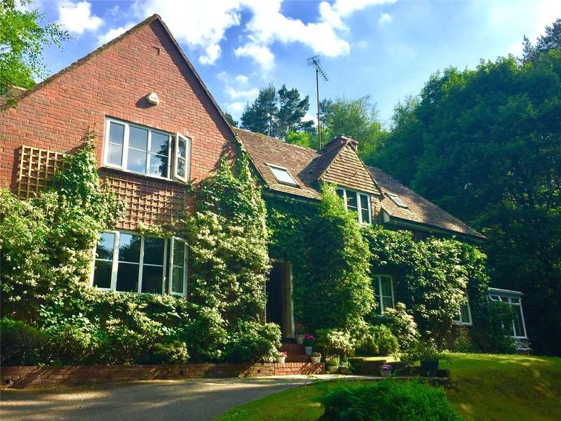 4 Bedrooms Detached House for sale in Stoney Bottom, Grayshott, Hindhead, Surrey, GU26