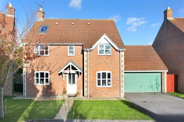 5 Bedrooms Detached House for sale in Cleyhill Gardens, Chapmanslade, Westbury