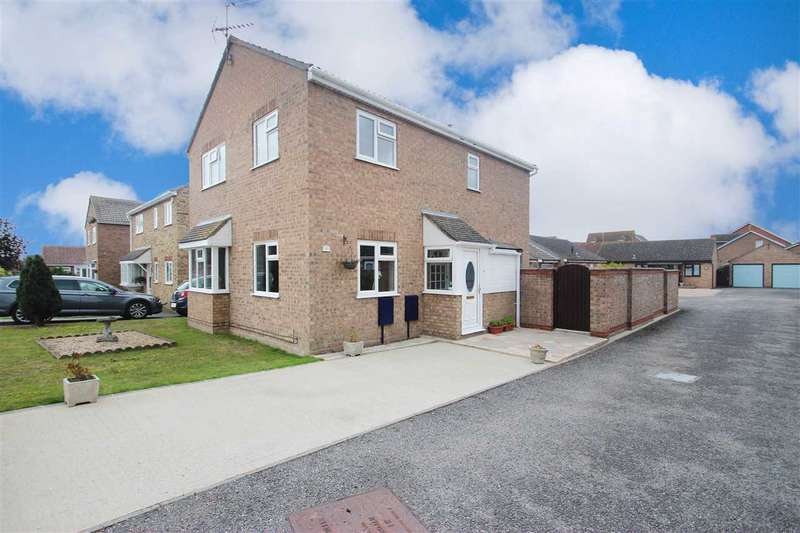 Detached House for sale in Battisford Drive, Clacton-On-Sea