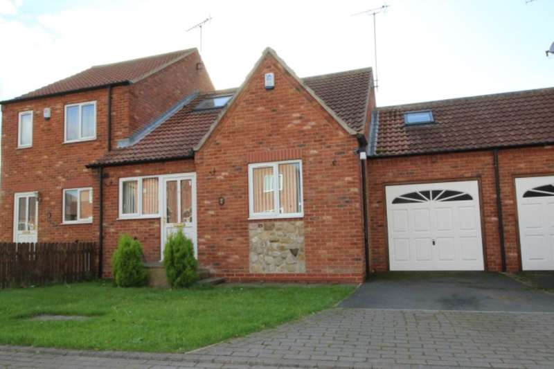 3 Bedrooms Bungalow for sale in The Courtyard, Skipsea, Driffield, YO25