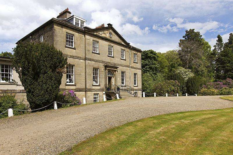 8 Bedrooms Detached House for sale in Limefield House, West Calder, West Lothian