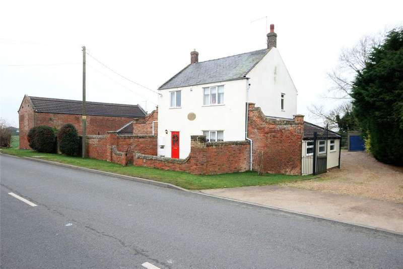 3 Bedrooms Detached House for sale in Bourne Road, Pode Hole, PE11