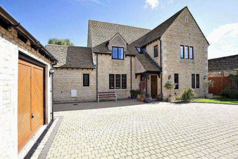 6 Bedrooms Detached House for sale in Malleson Road, Gotherington, Cheltenham, Gloucestershire, GL52