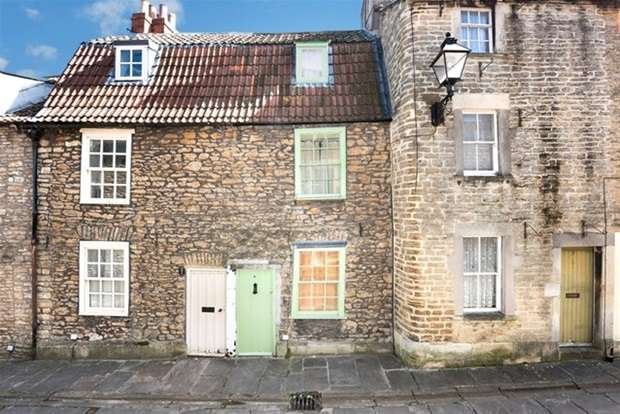 2 Bedrooms Terraced House for sale in Sheppards Barton, Frome