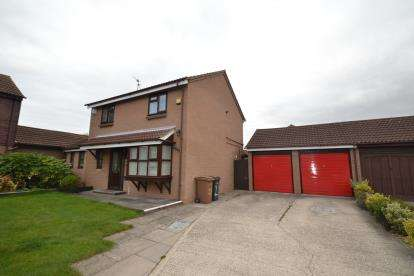 5 Bedrooms Detached House for sale in Springfield, Chelmsford, Essex