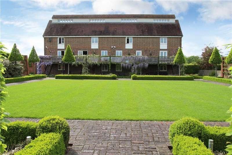 6 Bedrooms Land Commercial for sale in Marden Thorn, Marden, Tonbridge, Kent, TN12