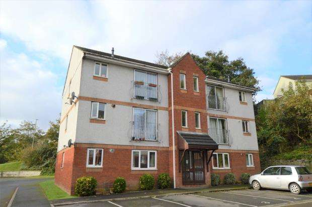 2 Bedrooms Flat for sale in Curlew Mews, Plymouth, Devon