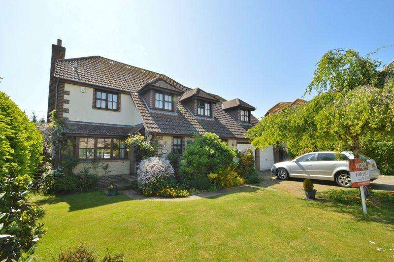 4 Bedrooms Detached House for sale in Brighstone