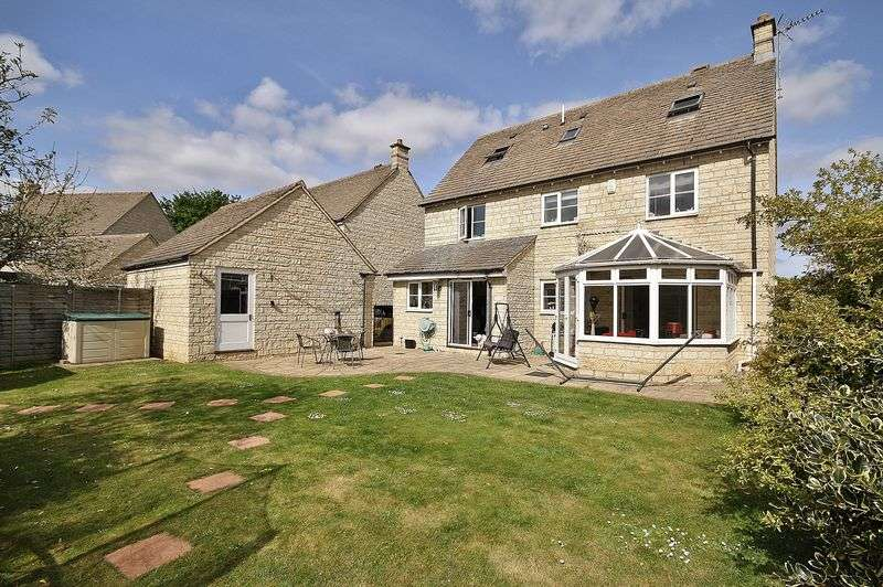 5 Bedrooms Property for sale in Campion Way, Witney