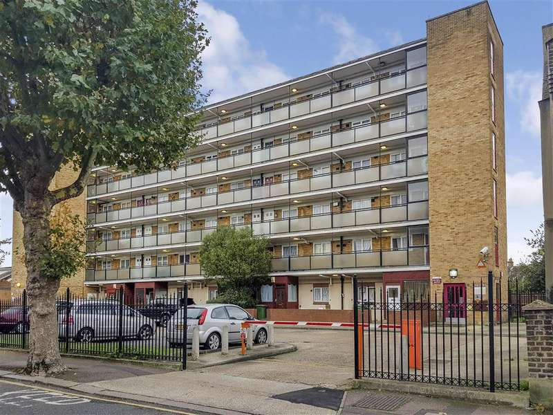 1 Bedroom Flat for sale in Milton Avenue, East Ham, London