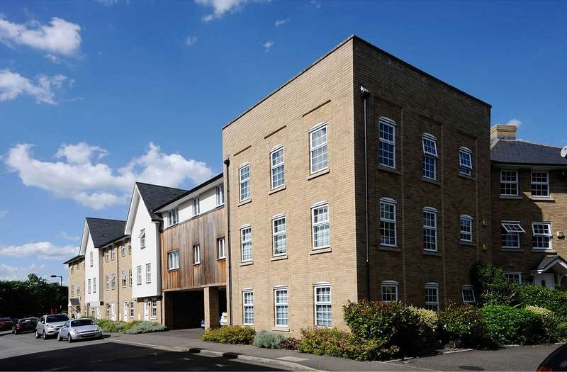 3 Bedrooms Flat for sale in Dove House Meadow, Great Cornard, Sudbury, Suffolk, CO10