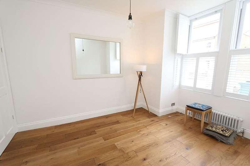 1 Bedroom Ground Flat for sale in Byron Road, Wealdstone, Harrow, London, HA3