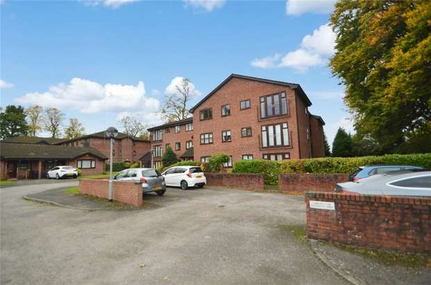 1 Bedroom Flat for sale in 9 Plumley Close, Davenport, Stockport, Cheshire