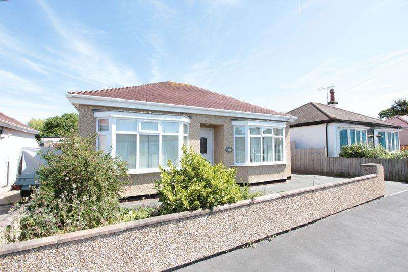 2 Bedrooms Detached Bungalow for sale in St Margarets Drive, Rhyl