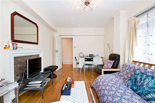 1 Bedroom Flat for sale in PORTSEA HALL, HYDE PARK, W2