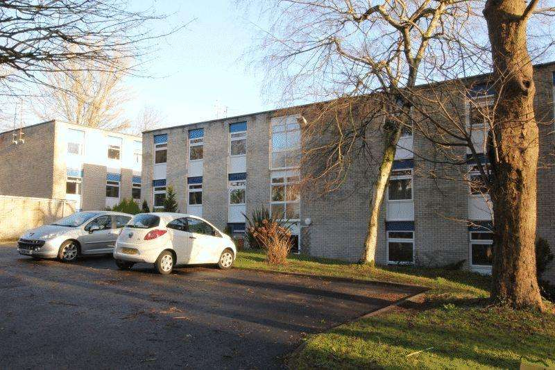1 Bedroom Ground Flat for sale in Cogan Pill Road, Penarth