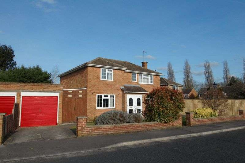 4 Bedrooms Property for sale in Hampden Drive, Kidlington