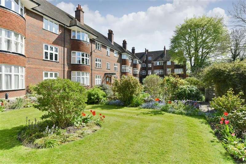 2 Bedrooms Flat for sale in Ashley Court, Epsom, Surrey