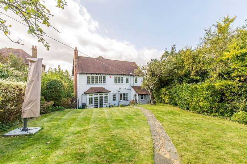 4 Bedrooms Detached House for sale in Downs Court Road, Purley, CR8 1BJ