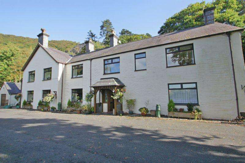 10 Bedrooms Detached House for sale in Llanberis, Gwynedd