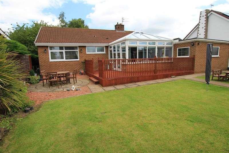 3 Bedrooms Detached Bungalow for sale in Aylmer Grove, Newton Aycliffe