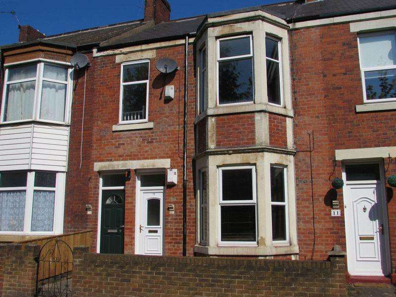 2 Bedrooms Flat for sale in Holly Avenue, Wallsend - Two Bedroom First Floor Flat with Loft Space