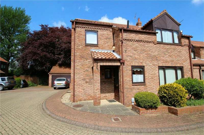 3 Bedrooms End Of Terrace House for sale in Waltham Lane, Beverley, East Riding of Yorkshire