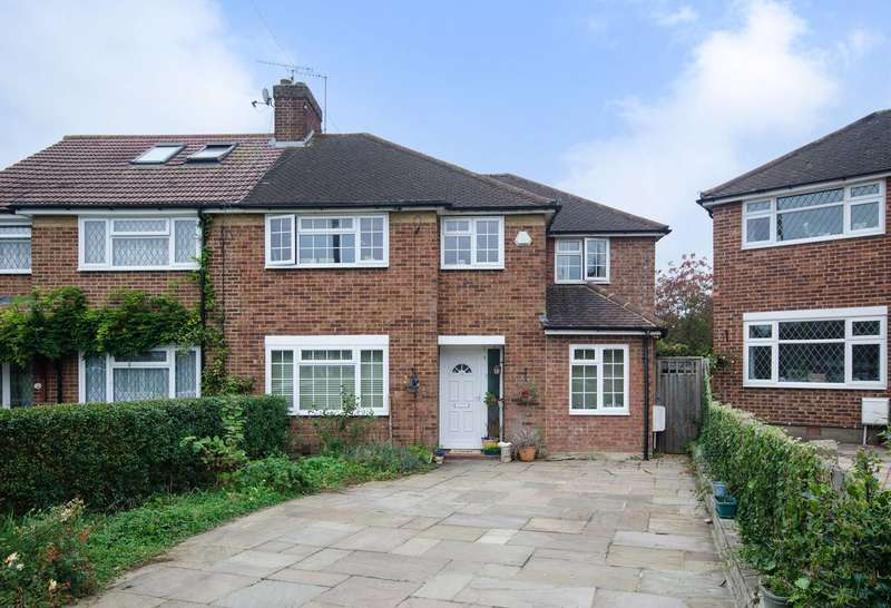 4 Bedrooms House for sale in Elstow Close, Eastcote, HA4