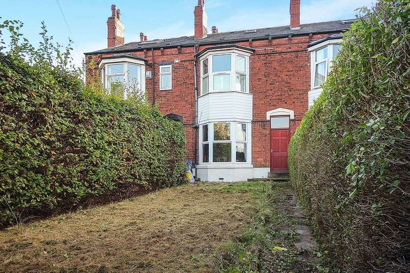 4 Bedrooms Property for sale in Oak Terrace, Leeds, LS15