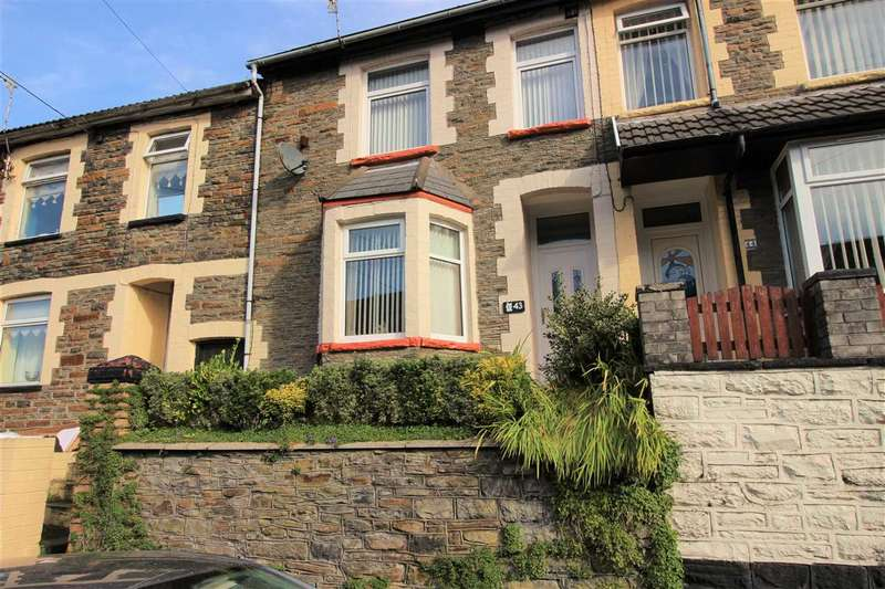3 Bedrooms Terraced House for sale in Charles St, Porth