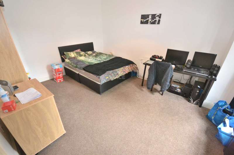 8 Bedrooms Detached House for rent in Erleigh Road, Reading, Berkshire, RG1 5NL