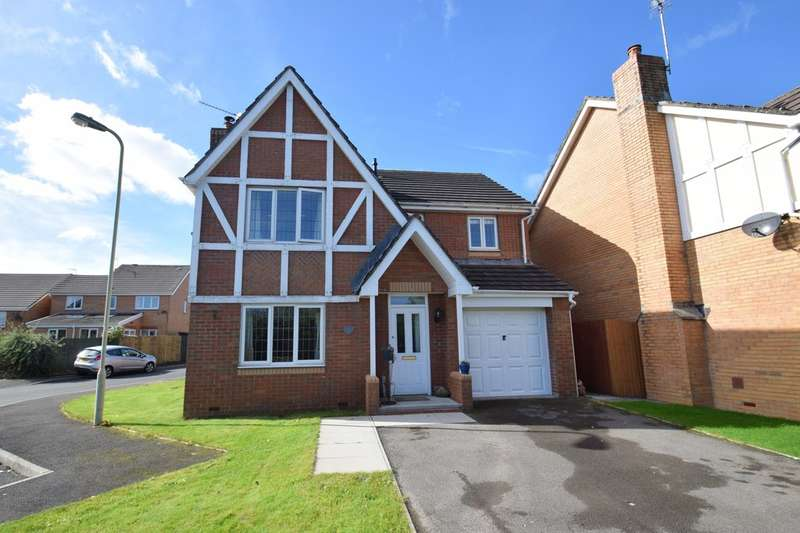 4 Bedrooms Detached House for sale in 8 Esgair Y Llys, Broadlands, Bridgend, Bridgend County Borough, CF31 5BN